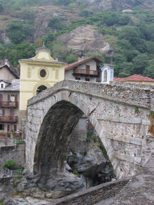 Pont St. Martin 350 m